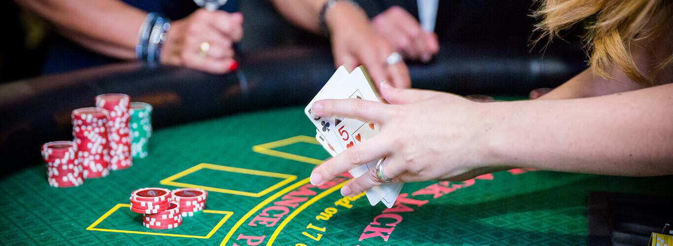 Warum gewinnt das casino beim blackjack
